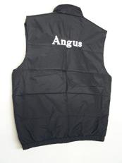 Angus-liivi takaa